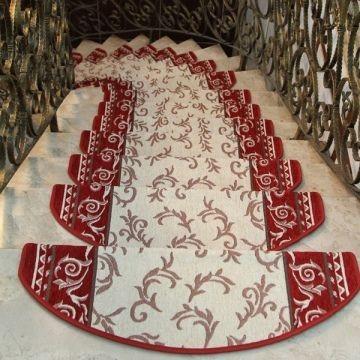 Ковровые накладки на лестницу