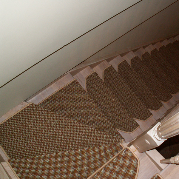 Ковровые накладки на лестницу Оникс бежевый